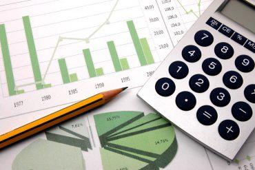 Aperiam - Tecniche per analisi economico-finanziaria Investimenti ICT